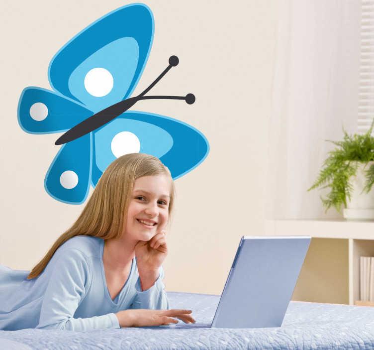 TENSTICKERS. キッズブルー蝶デカール. 子供のステッカー - 青い蝶のカラフルで遊び心のあるデザイン。青い蝶の壁のステッカーは、あなたの子供の寝室や保育園を飾るために最適です。