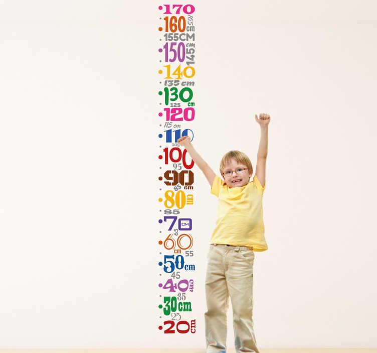 TenStickers. Wandtattoo Messlatte bunte Zahlen. Mit dem Wandtattoo einer Messlatte, die aus bunten Zahlen in verschiedenen Formaten besteht, können Sie das Wachstum Ihres Kindes im Auge behalten.