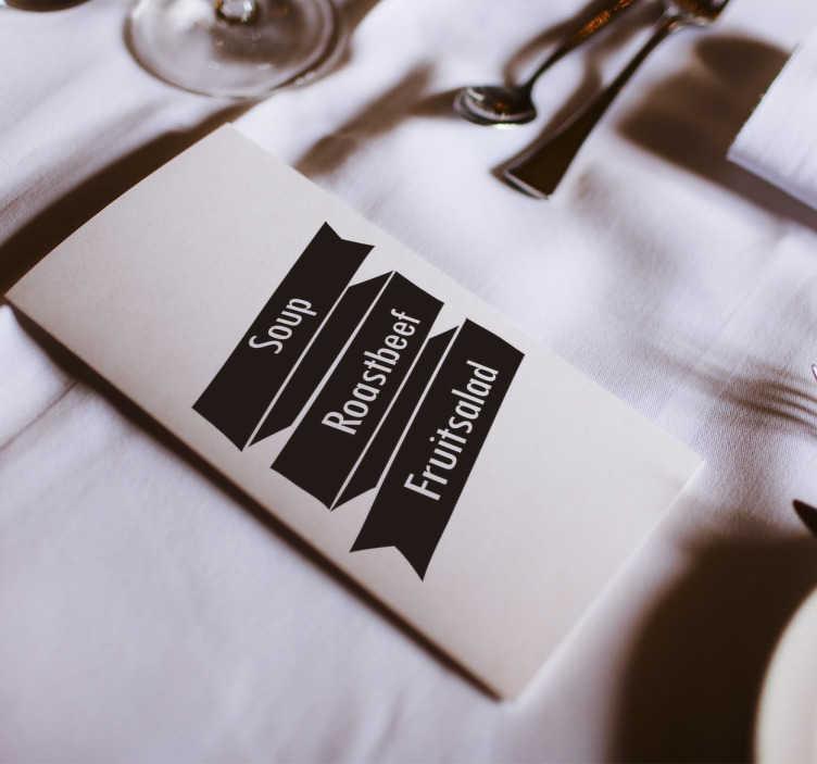 TenStickers. Hochzeitsaufkleber. Der Hochzeitsaufkleber hat die Form eines Banners. Der Banner kann Ihr Hochzeitsdatum, Ihre Namen, die Speisen und vieles mehr zeigen.