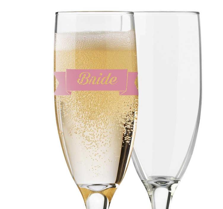 TenStickers. Naklejka Panna Młoda. Spraw aby dzień Twojego ślubu stał się wyjątkowy i niezapomniany. Personalizowane naklejki na kieliszki do szampana z pewnością zachwycą niejednego gościa wesela.