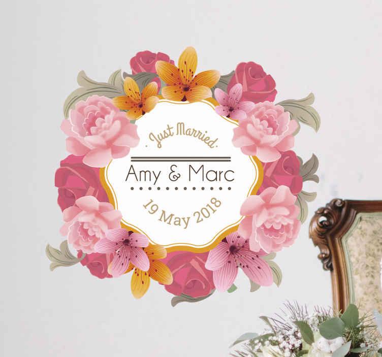 TenStickers. Decoratieve Bloem Frame Muursticker. Mooie decoratie sticker voor uw grote dag! Geef osn de namen en bruiloft datum door. Afmetingen en tekst aanpasbaar. Eenvoudig aan te brengen.