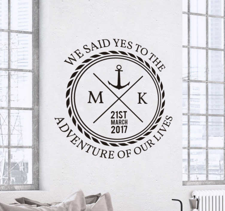TenVinilo. Vinilo decorativo vintage sailor. Pegatinas personalizables para celebrar tu matrimonio de inspiración marinera donde podrás escribir los nombres de los que se casan.