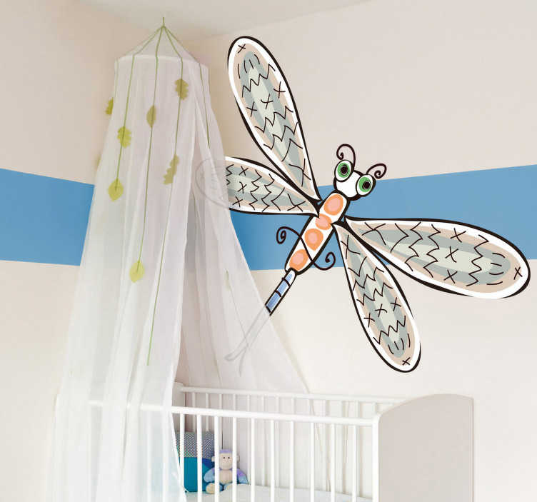 TenStickers. Adesivo de parede libélula infantil. Crianças adesivos de parede - ilustração lúdica de uma libélula. Design alegre ideal para decorar áreas para crianças. Ideal para quartos de crianças.