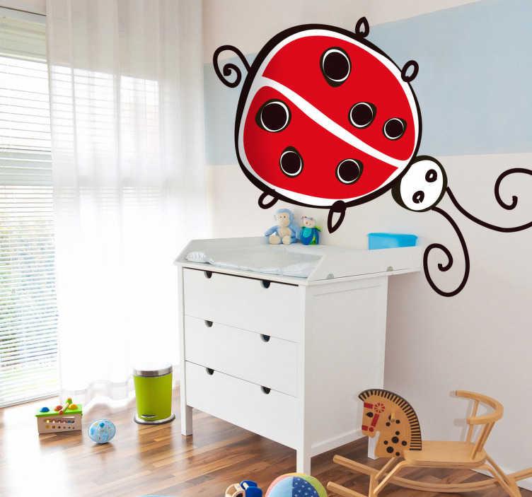 TenStickers. Vinil decorativo infantil desenho joaninha. Vinil decorativo ideal para quartos infantis. Adesivo de parede de um desenho de uma joaninha, um dos insectos mais acarinhados e conhecidos.