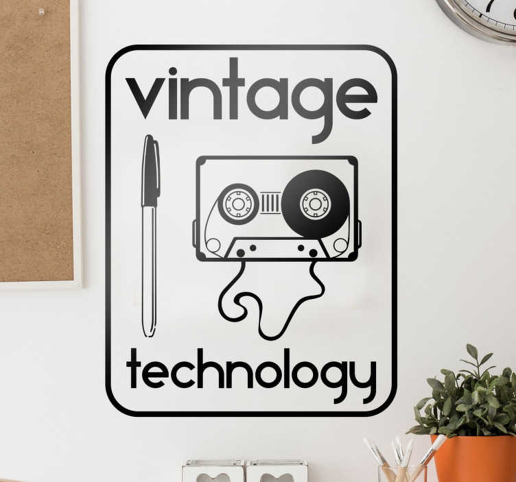TenStickers. Wandtatoo Vintage Technology. Unser Wandtattoo Vintage Technology lädt dazu ein, mit Freunden in Erinnerungen an die gute alte Zeit zu schwelgen.