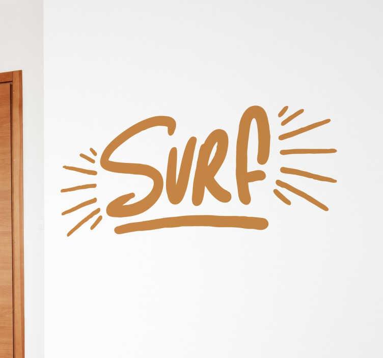 TenStickers. 冲浪文字装饰墙贴. 如果您只喜欢骑波,则此装饰墙贴是与您的访客分享爱心的完美方式!
