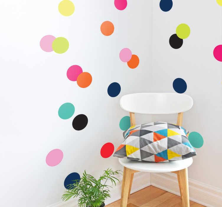 TenVinilo. Pegatinas topos tutti colori. Pegatinas de círculos de vivos colores. Adhesivos ideales para decorar tanto espacios comunes como el cuarto de los niños.