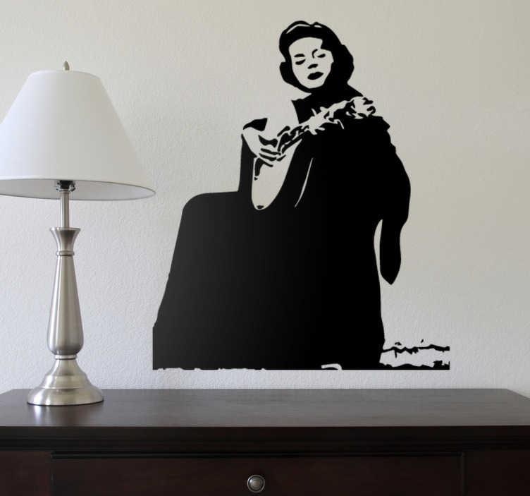 TenStickers. Vinil decorativo Amália Rodrigues. Vinil decorativo da famosa cantora de Fado Amália Rodrigues. A rainha do fado em Portugal agora em adesivo de parede.