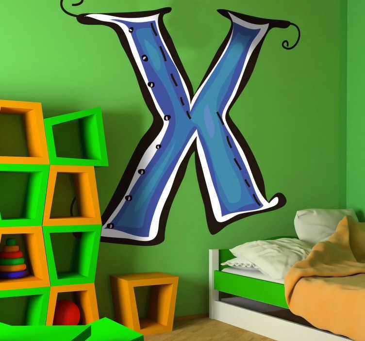 TenStickers. Naklejka literka X. Naklejka na ścianę z kolekcji abecadło, którą możesz udekorować każdy zakątek domu. Obrazek reprezentuje niebieską literę X.
