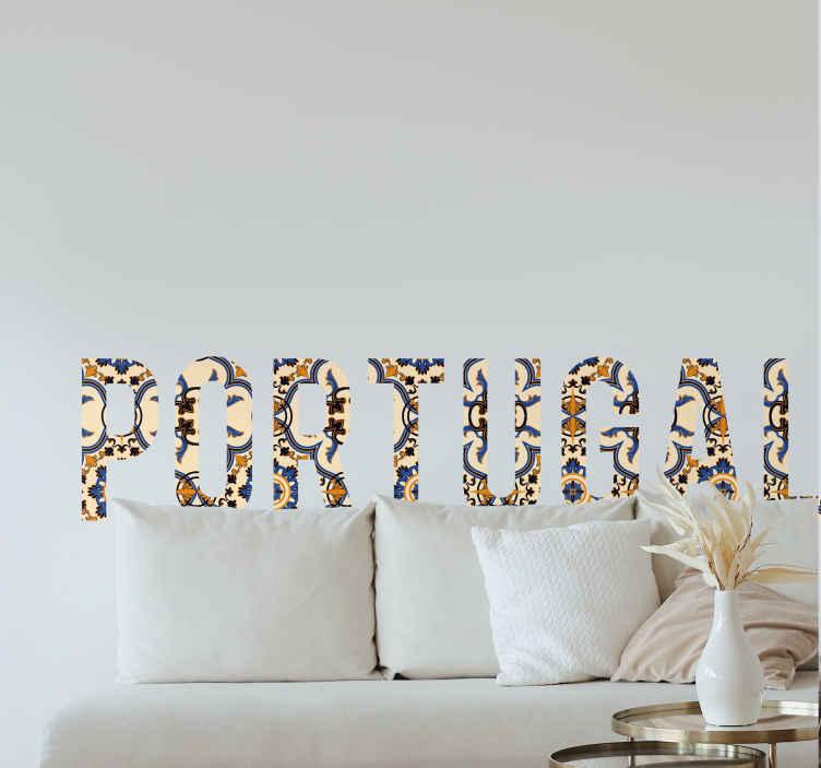 TenVinilo. Vinilo decorativo Portugal textura. Vinilos decorativos de Portugal en la que aparece el texto del país luso con una textura de azulejos en tonos marrones.