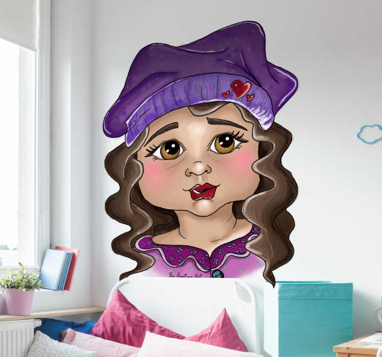 TenVinilo. Vinilo infantil niña boina. Vinilos infantiles originales con los que podrás darle vida y color a la habitación de los más pequeños de casa.