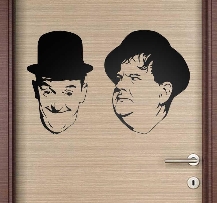 TenStickers. Vinil decorativo Gordo e o Magro. Stickers cinema clássico com o retrato dos actores Oliver Hardy e Stan Laurel, uma das melhores duplas cómicas da história da sétima arte.