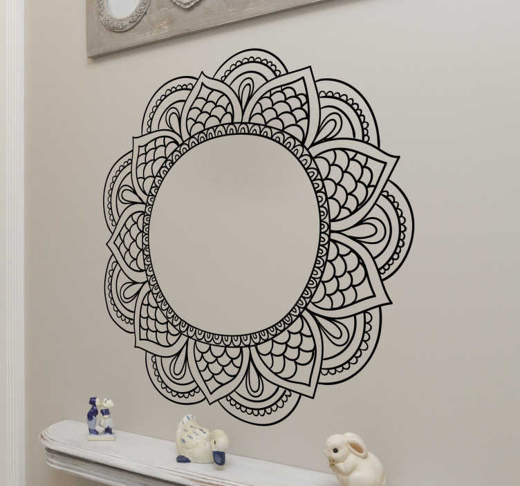 TenStickers. sticker mandala ornement. sticker mandala ornement floral. Applicable sur toutes surfaces.