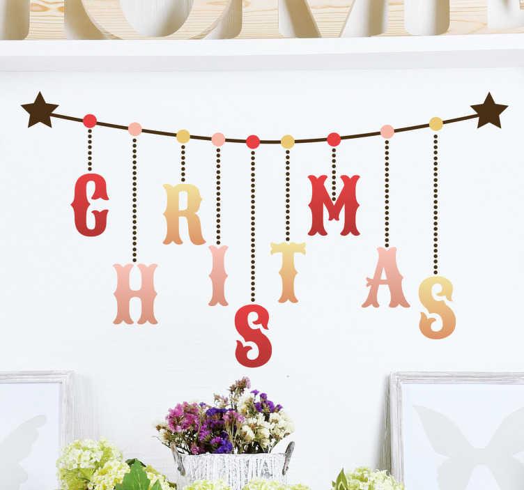 TenStickers. Muursticker Christmas Letters. Muursticker Christmas Letters. Een wanddecoratie van een ketting met daaraan letters in typische kerstkleuren die het woord Christmas spellen.