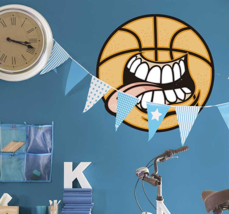 TenVinilo. Vinilo decorativo pelota basquet divertida. Pegatinas de baloncesto ideales para darle un toque desenfadado a las paredes del cuarto de los más jóvenes de casa.