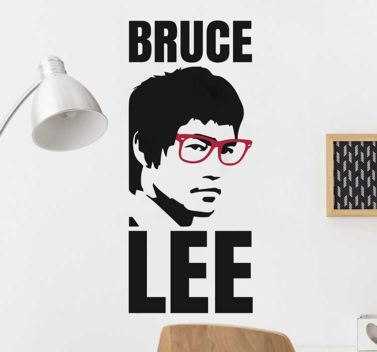 TenVinilo. Vinilos frikis Bruce Lee. Vinilos baratos de cine y de sus actores más clásicos ideales para decorar cualquier estancia de tu casa.