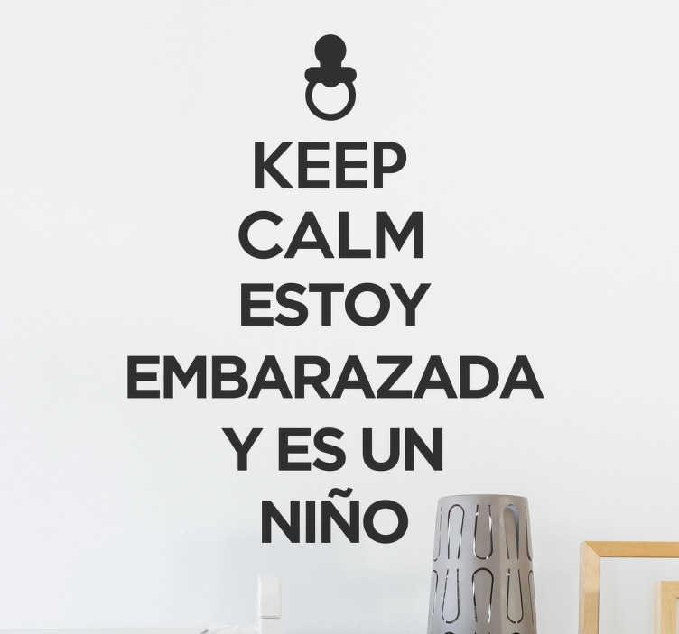 """TenVinilo. Pegatina keep calm embarazada niño. Vinilos de frases para decorar la nueva habitación de tu futuro hijo. Vinilos decorativos con la frase """"Keep calm estoy embarazada y es un niño""""."""