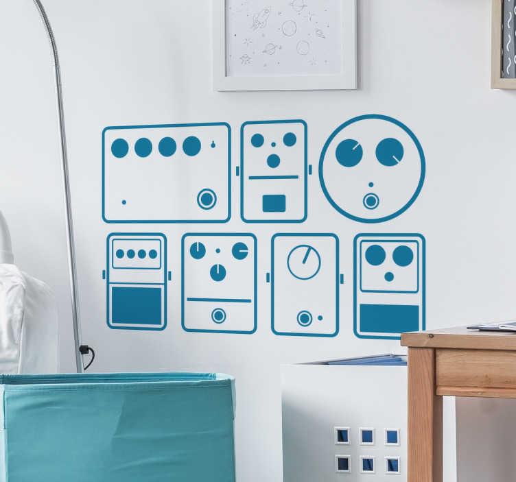 TenStickers. Muursticker muziek pedalen. Muursticker muziek pedalen, een muzikale wanddecoratie voor muzikanten die wat extra muziek in huis willen halen door hun muren te decoreren.