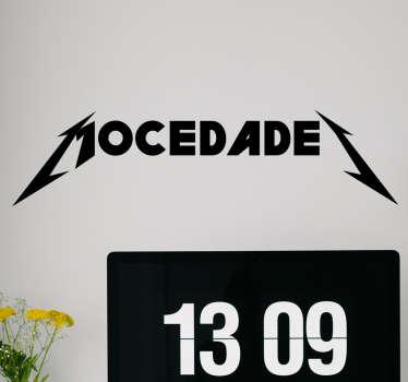 """Fantástico vinilo de humor que ironiza cambiando el logo del grupo español pop """"Mocedades"""" por el logo de la famosa banda de trash metal."""