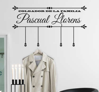 Vinilo perchero pared familia personalizable