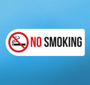 Deze sticker heeft een vlak met daarin een rood bordje met een door gekruiste sigaret en de tekst ´no smoking´