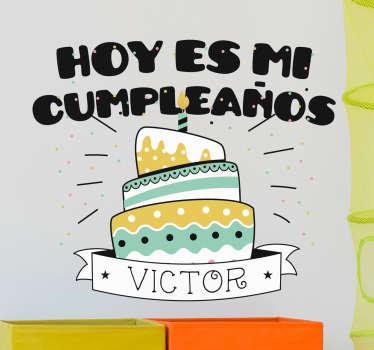 Desea un feliz cumpleaños a tu hijo o hija de una forma original y llamativa con un vinilo para su aniversario.