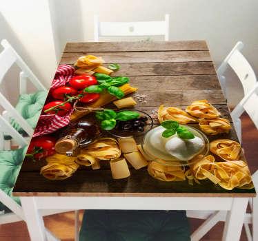 Pellicola adesiva per tavolo con l'immagine di varie tipologie di pasta, mozzarelle, olio, basilico e pomodori. Perfetta per decorare la cucina