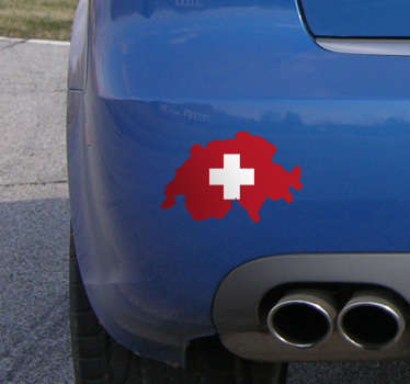 Der schöne Autoaufkleber illustriert die Schweizer Flagge in Form der Karte derSchweiz. Die einzigartigeSilhouetteeignet sich insbesondere fürsAutooder dasMotorrad.