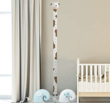 A height chart sticker depicting a cow. Ideal for decorating and being able to measure the height of your children as they grow. Easy to apply!