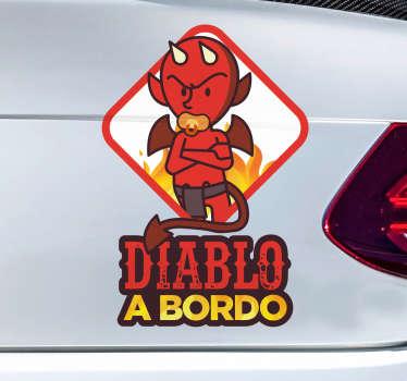 Pegatinas para coches originales y divertidas con las que podrás indicar al resto de conductores que en tu vehículo viaja tu hijo.
