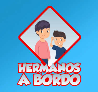 Adhesivo auto hermanos a bordo