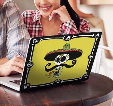 Vinil decorativo para computadoras, personaliza tu laptop con un vinilo de inspiración mexicana con el dibujo de una calavera con sombrero típico.