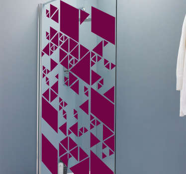 Geometryczna naklejka na drzwi prysznicowe z kolorowym tłem do łazienki. Jest łatwa w aplikacji, samoprzylepna i dostępna w dowolnym rozmiarze.