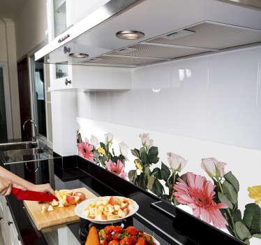 キッチンの壁のステッカーの花