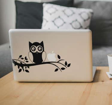 MacBook Aufkleber Eule auf Ast