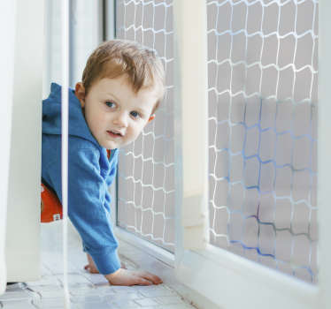 Mit dieser schönen Fensterfolie in der Darstellung eines Fußballtornetzes sorgen Sie für eine ganz besondere Dekoration Ihres Fensters und sorgen gleichzeitig für Sichtschutz.