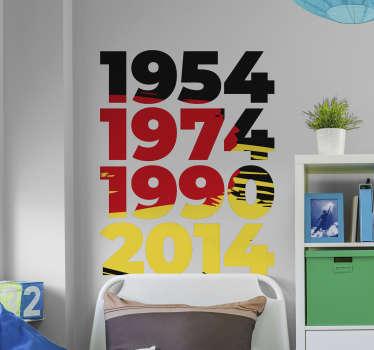 Das schöne Fußball WM Wandtattoo zeigt die gewonnenen Weltmeisterschaften 1954, 1974, 1990 und 2014 in schwarz rot gold. Dekorieren Sie Ihr Zuhause oder das Restaurant/Bar mit einem fantastischen Deutschland Fußball Wandtattoo.