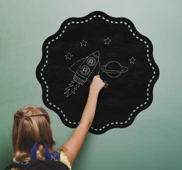 Vinilos de pizarra con una forma circular ondulada, ideal para cualquier espacio de tu casa, especialmente para cuartos infantiles.