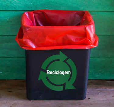 Decore os teus objetos pessoais com este autocolante decorativo sobre a reciclagem, para teres sempre em mente o ambiente e preservá-lo.