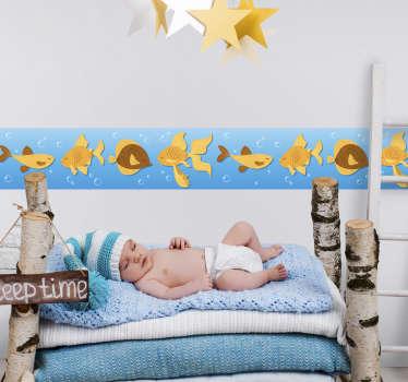 Naklejka na ścianę z motywem złotych rybek na błękitnym tle
