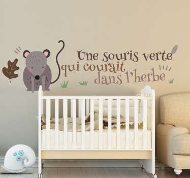 Nursery rhyme wall sticker with the design of a mouse and rhyme for children. Easy to apply and adhesive. It is available in different sizes.
