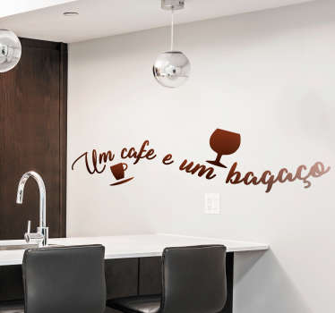 Popular saying vinyl sticker in Portuguese language that can be used as a kitchen decoration. Available in different colour options.