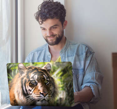 Naklejka na laptopa tygrys