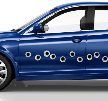 Aggiungi alcuni fori di proiettile alla tua auto con questo fantastico adesivo ispirato agli effetti visivi che raffigura proprio quella cosa! Disponibile in 50 colori.