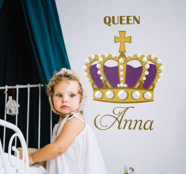 Decorate the bedroom of the queen in your life with this fantastic customisable children´s bedroom sticker! Choose your size.
