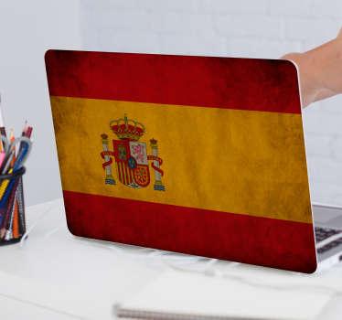 Original pegatina adhesiva para portátil formada por el diseño de la bandera de España con un toque envejecido. +10.000 Opiniones satisfactorias.