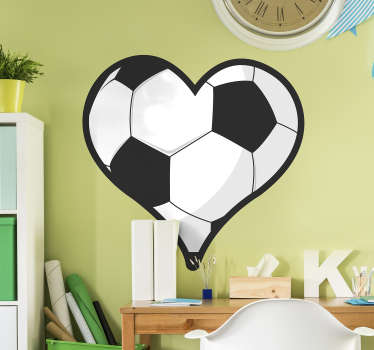 Football wall sticker designed in the shape of a heart. Ideal for the bedroom of teens. Easy to apply and available in different sizes.