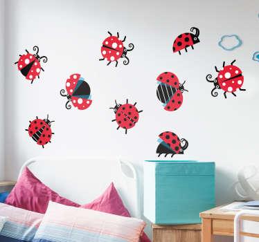 Nyckelpigor uppsättning djur vägg klistermärke
