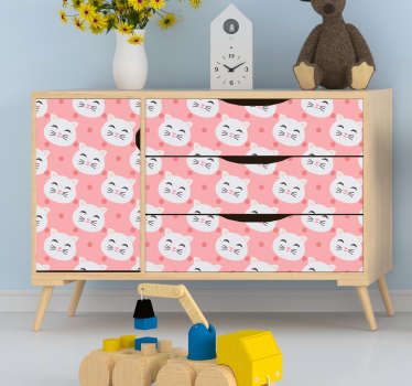 These adorable cats faces will fit perfectly any type of furniture, for a joyfull atmosphere in the bedroom of your children !
