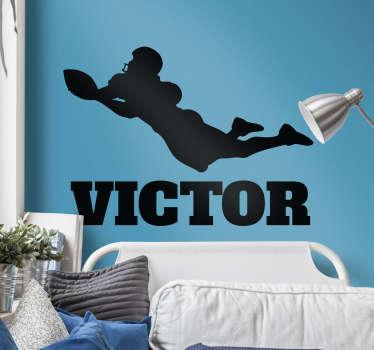 Fantástico vinilo personalizable para habitación juvenil formado por la ilustración de un jugador de fútbol americano. Precios imbatibles.